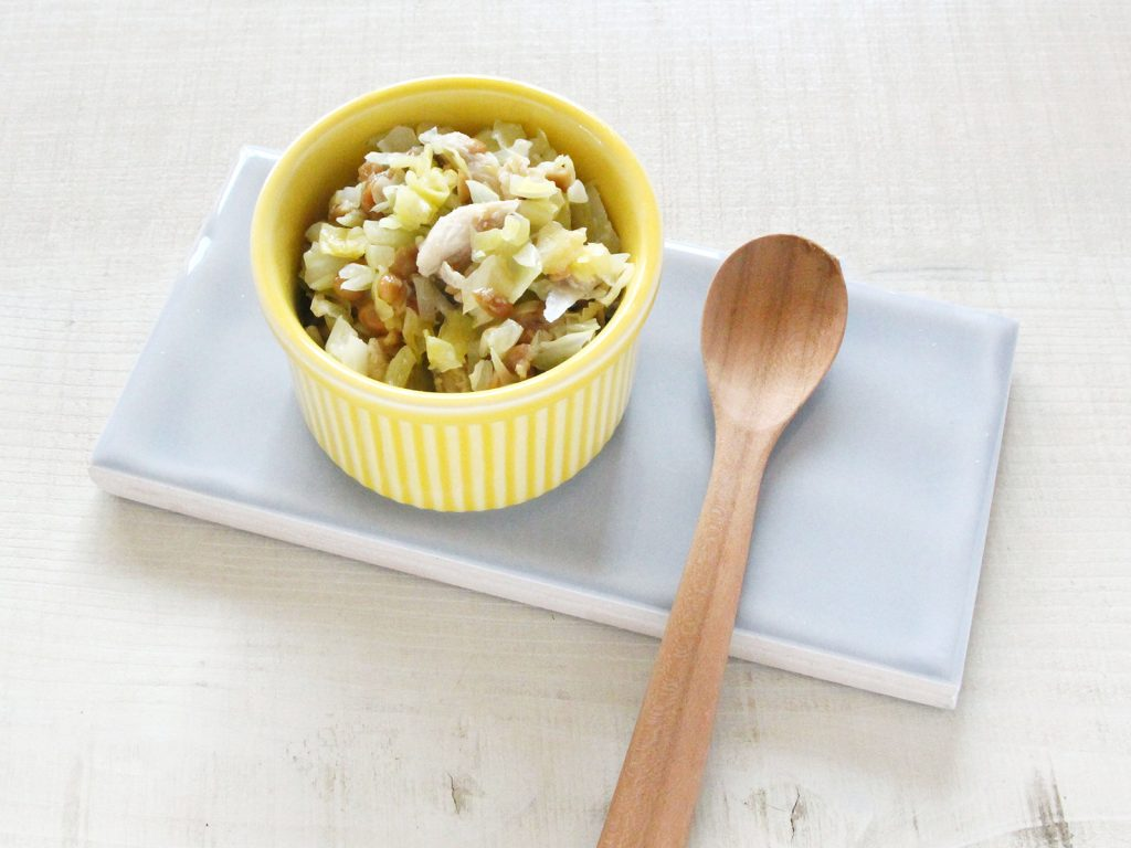 mogcookの離乳食レシピ 魚とキャベツの納豆和え