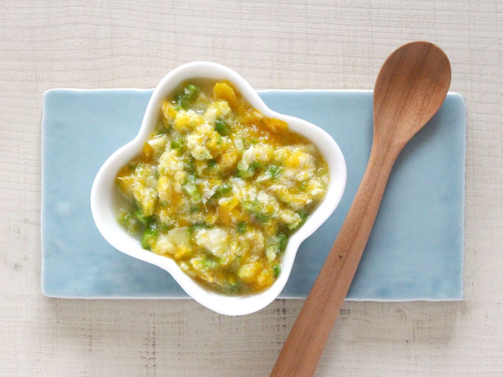 mogcookの離乳食レシピ 魚とアスパラのかぼちゃあえ。