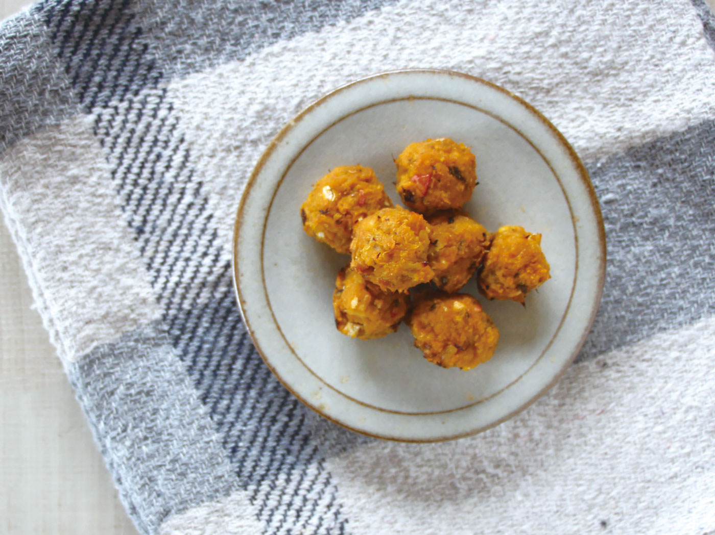 mogcookのお魚離乳食レシピ 魚とかぼちゃのコロコロ海苔ボール