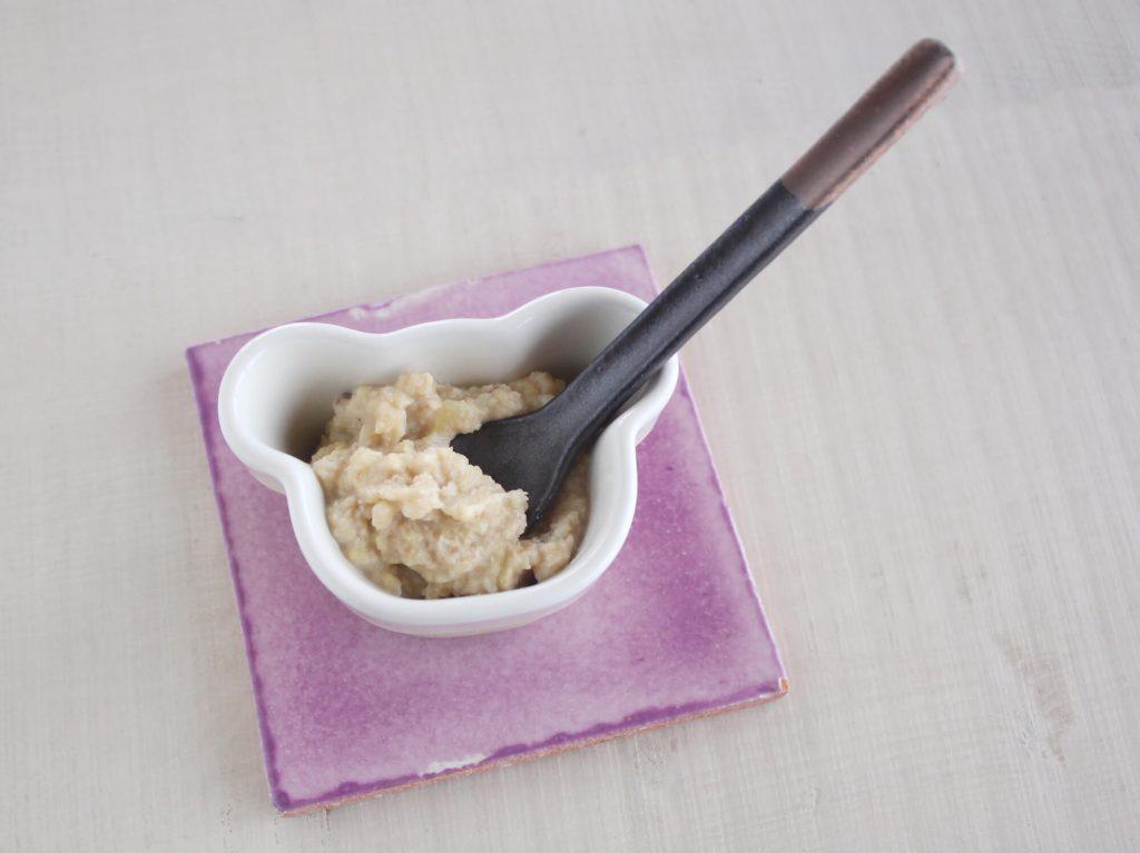 mogcookのお魚離乳食レシピ 魚とさつま芋の豆乳きな粉あえ。対象:離乳食初期から