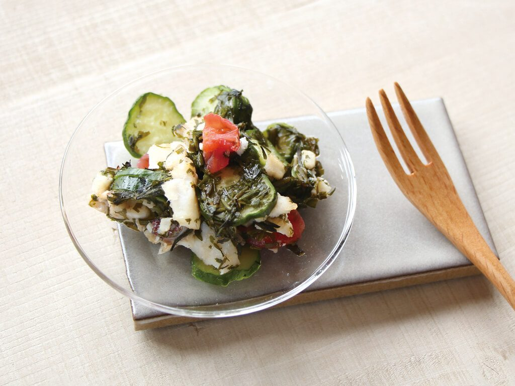 mogcookのお魚離乳食レシピ 魚とアカモクのえごまサラダ