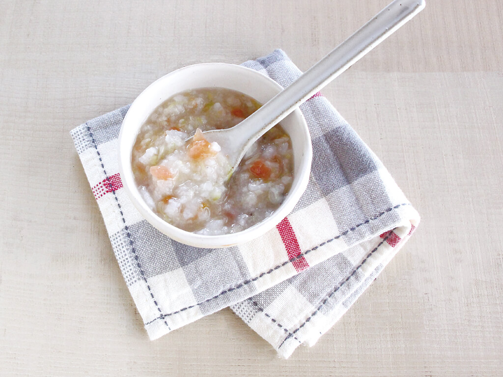 mogcookのお魚離乳食レシピ 魚と春キャベツのトマトリゾット