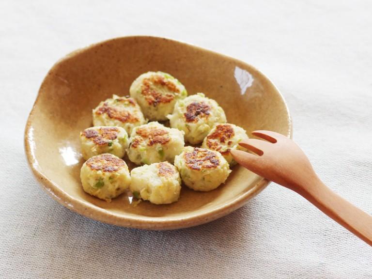 豆と魚のコロコロ焼き(調理時間:約10分)対象:後期から