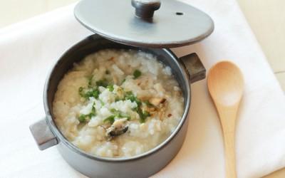 魚と牡蠣のお粥(調理時間:約6分)対象:後期から